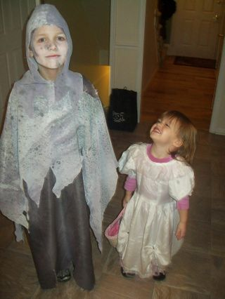 Halloween costumes 028