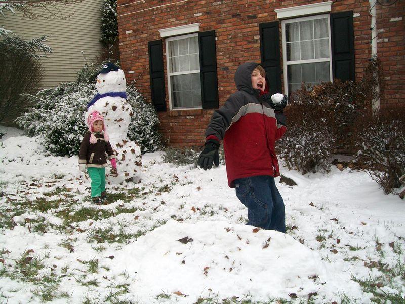 Christmas morning and snow play 028
