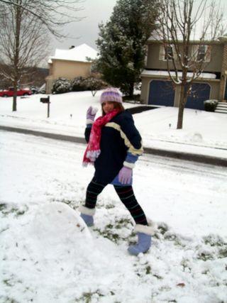 Christmas morning and snow play 024