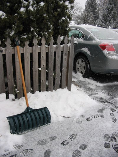 Shovel_snow_8